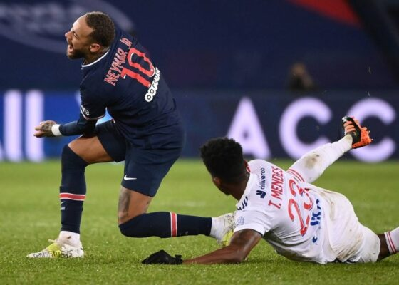 neymarpsglyonblessurethiagomendesfootLigue1L1 - Onze d'Afrik - L'actualité du football