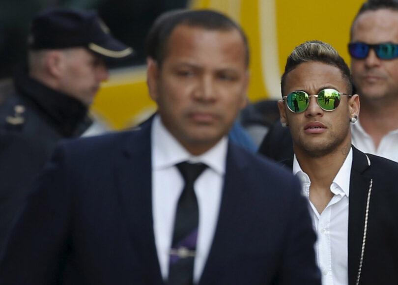 Neymar et son pere petits secrets de famille - Onze d'Afrik - L'actualité du football