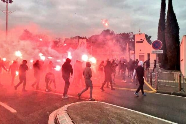 large ligue 1 om rennes reporte apres les incidents a la commanderie b2e44 - Onze d'Afrik - L'actualité du football