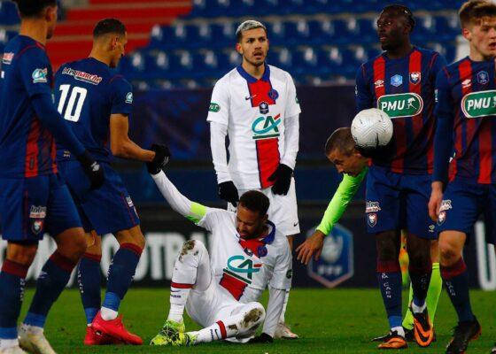 Neymar est sorti blesse face a Caen 966612 - Onze d'Afrik - L'actualité du football