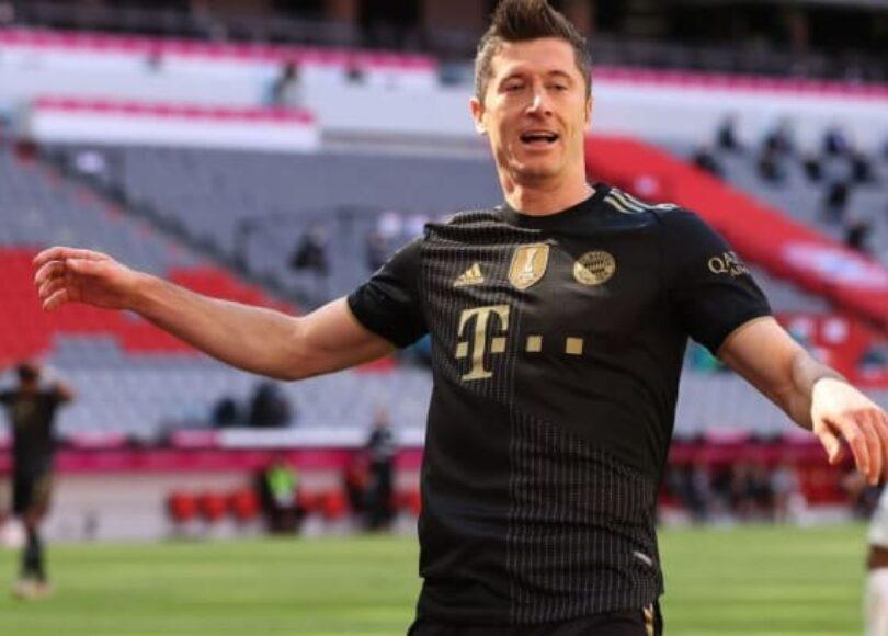 FC Bayern Muenchen v FC Augsburg Bundesliga cbbb022a63deba7f3a3c81bc9e98ea89 - Onze d'Afrik - L'actualité du football