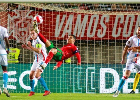 FBht2BMXMAgrmsa - Onze d'Afrik - L'actualité du football